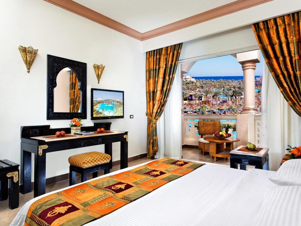 فندق الباتروس بالاس ريزوت