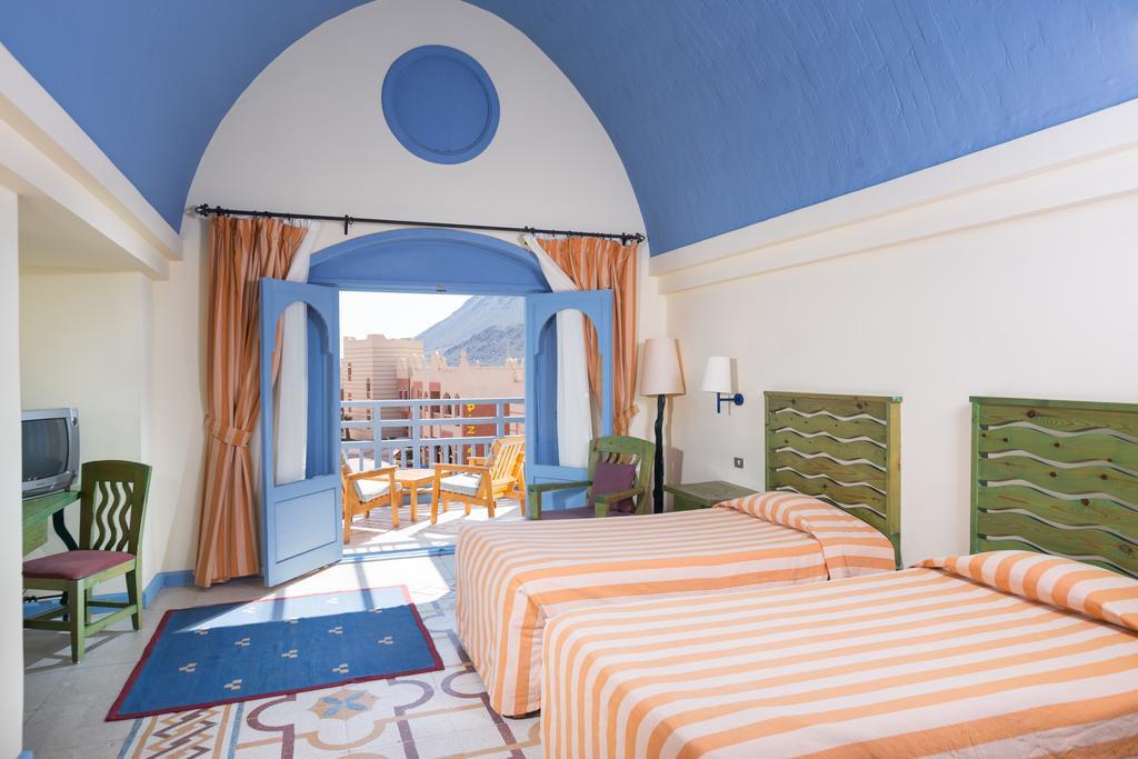 غرف فندق الوكالة اكوا بارك ريزورت