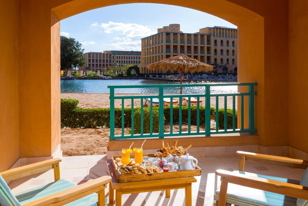 غرف فندق ستراند بيتش & جولف ريزورت طابا هايت