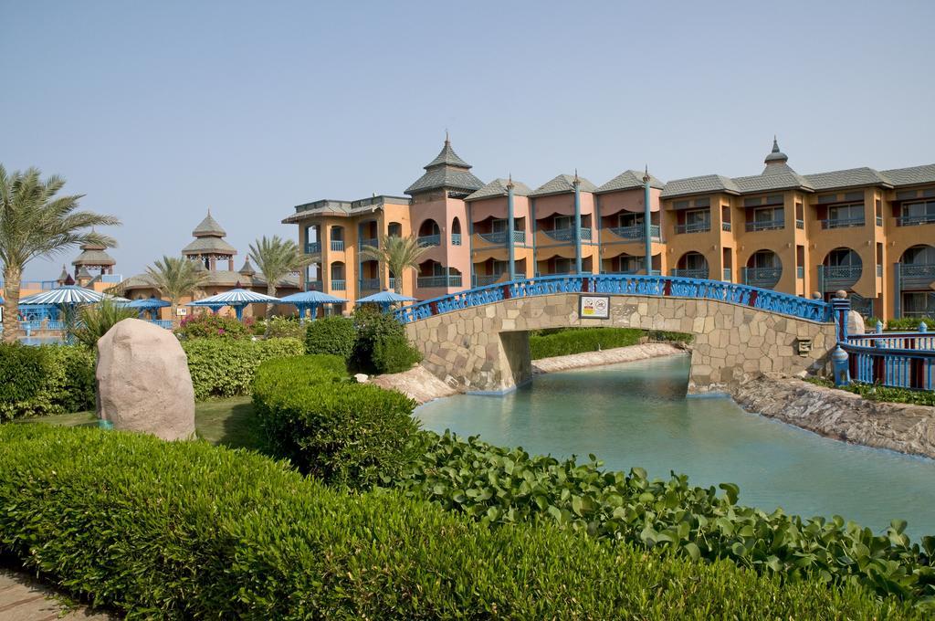 ممشى سياحي فندق دريمز بيتش مرسى علم