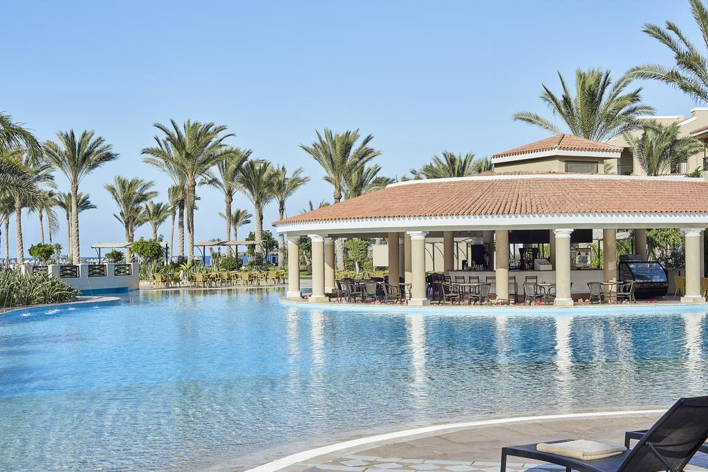 حمام سباحة فندق جاز الماظة باى مرسى مطروح