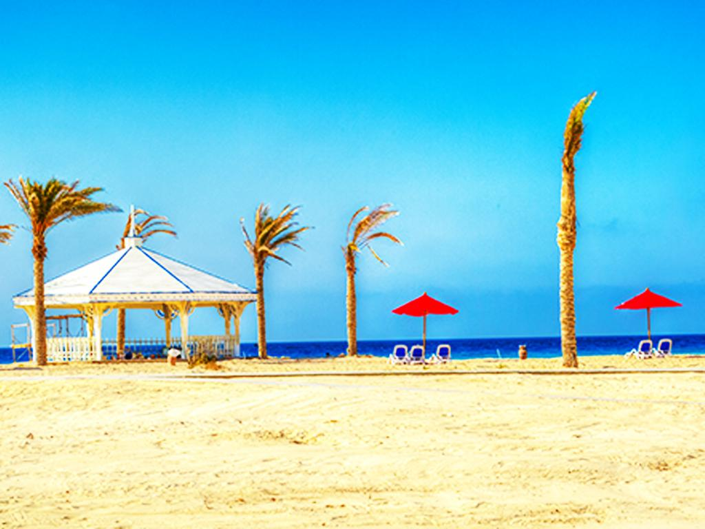 شاطئ فندق بورتو مطروح بيتش