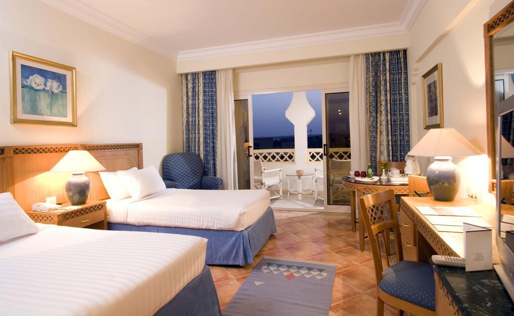 فندق القصر القديم سهل حشيش