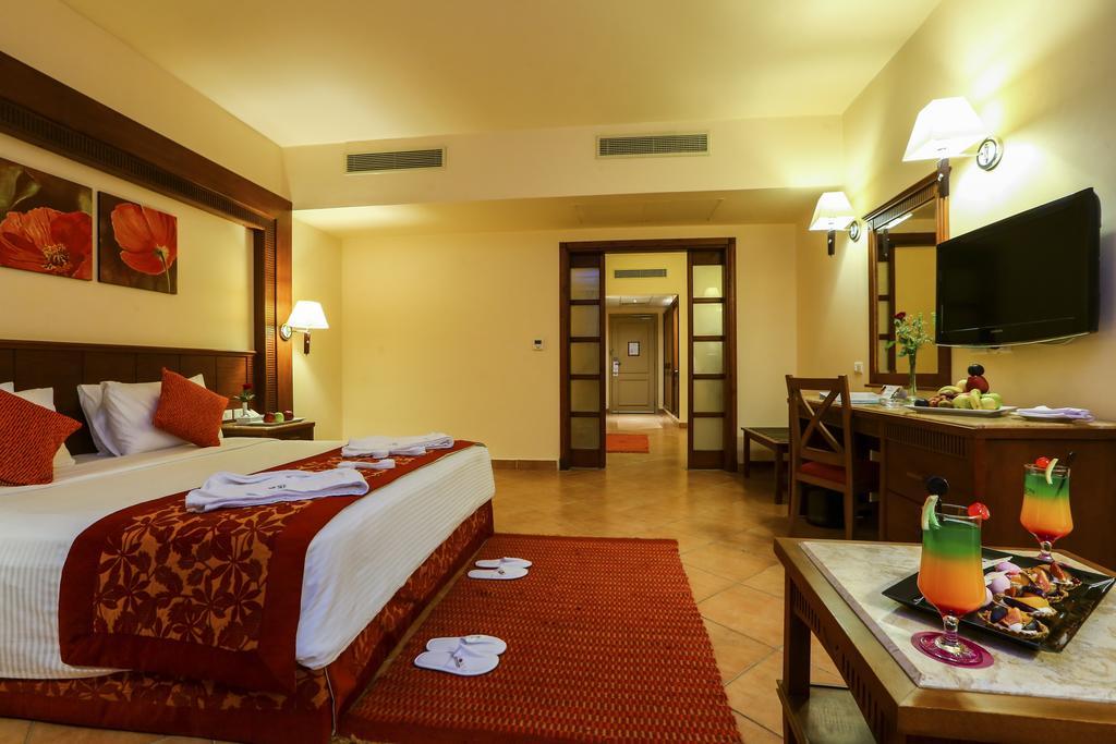 فندق شارميليون كلوب اكوا بارك شرم الشيخ