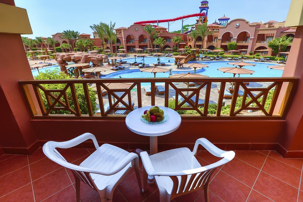 فندق شارميليون جاردنز اكوابارك شرم الشيخ 5 نجوم