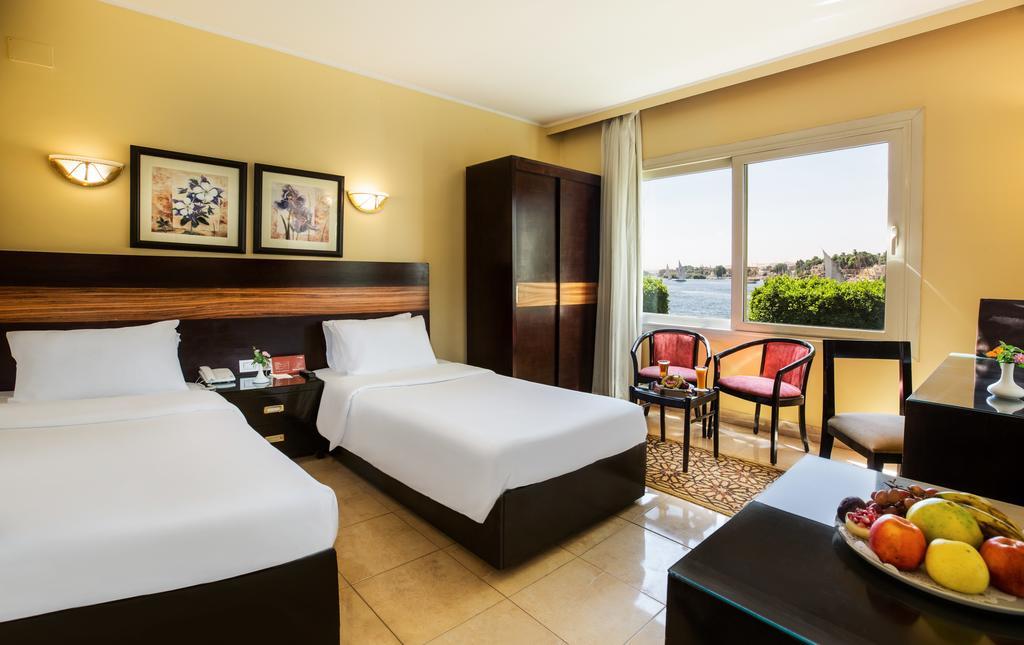 فندق بيرميزا ايزيس كورنيش اسوان 4 نجوم رحلات اسوان والنوبة