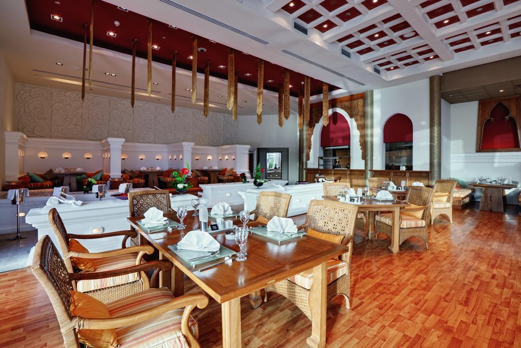 فندق جولي فيل ماريتيم رويال بننسولا 5 نجوم