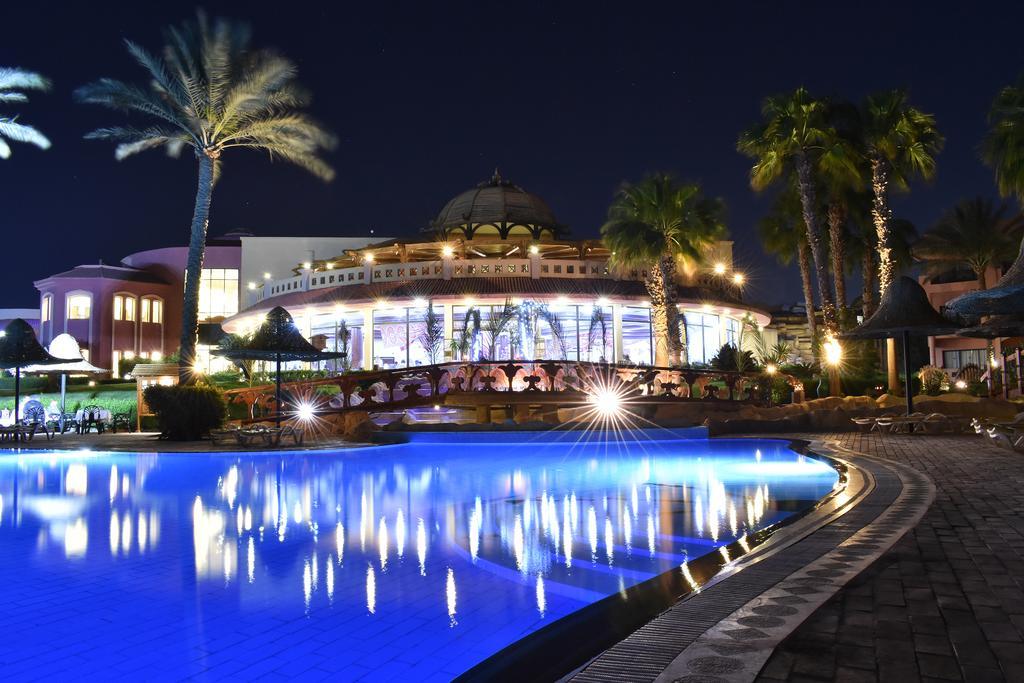 فندق باروتيل أكوا بارك شرم الشيخ 4 نجوم