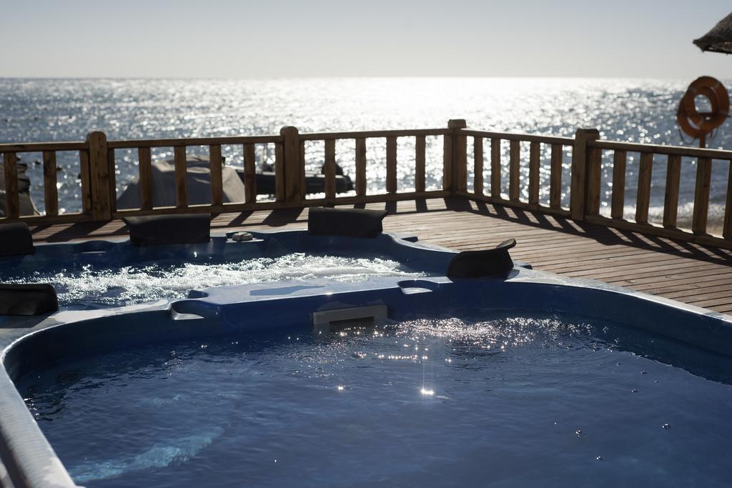 حمامات سباحة فندق كانكون السخنة ريزورت العين السخنة