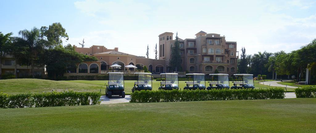 حدائق فندق ستيلا دى مارى جولف & كلوب كانترى العين السخنة