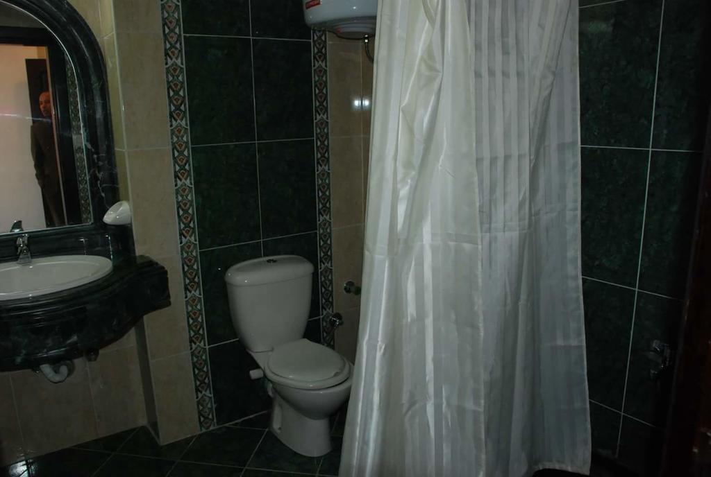 - فندق سى فيو هوتل 4 نجوم