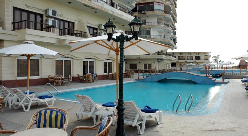 - فندق ايفو 3 نجوم