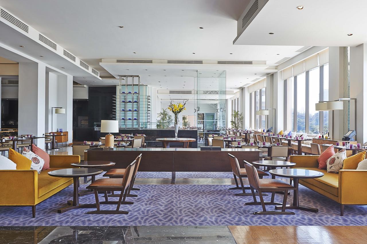 فندق كونراد القاهرة 5 نجوم