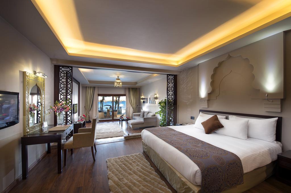 فندق صن رايز اربيان بيتش شرم الشيخ 5 نجوم