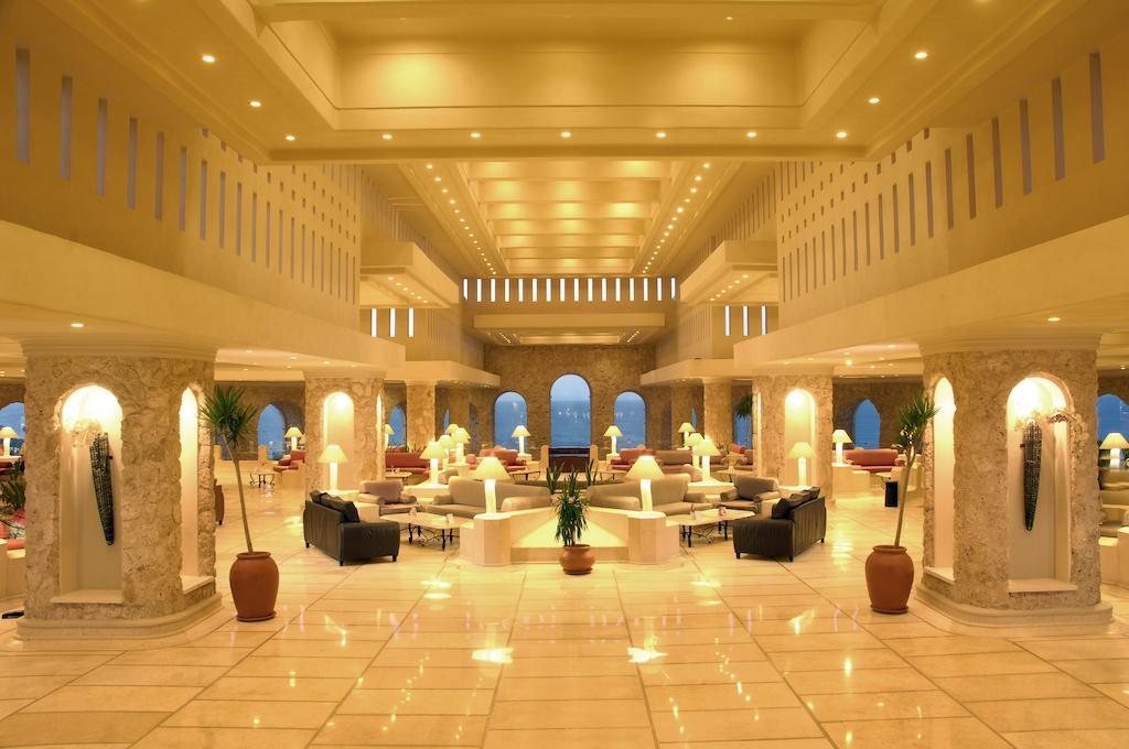 رحلات شهر العسل فندق الباتروس سيتادل سهل حشيش 5 نجوم