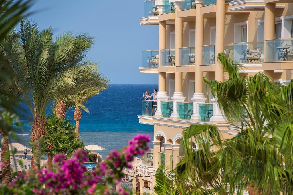 رحلات شهر العسل فندق بيريمير لوريف سهل حشيش 5 نجوم
