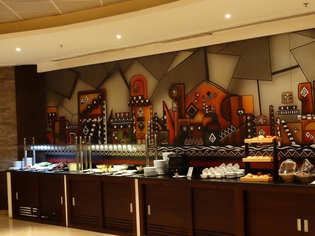 رحلات شهر العسل فندق لابلايا بيتش ريزورت 5 نجوم