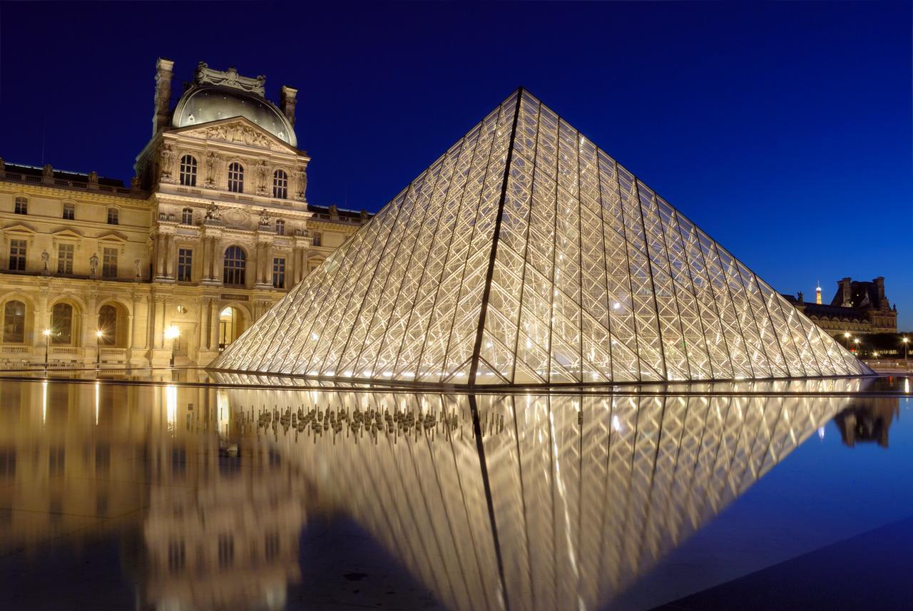 باريس 8 ايام 7 ليالي