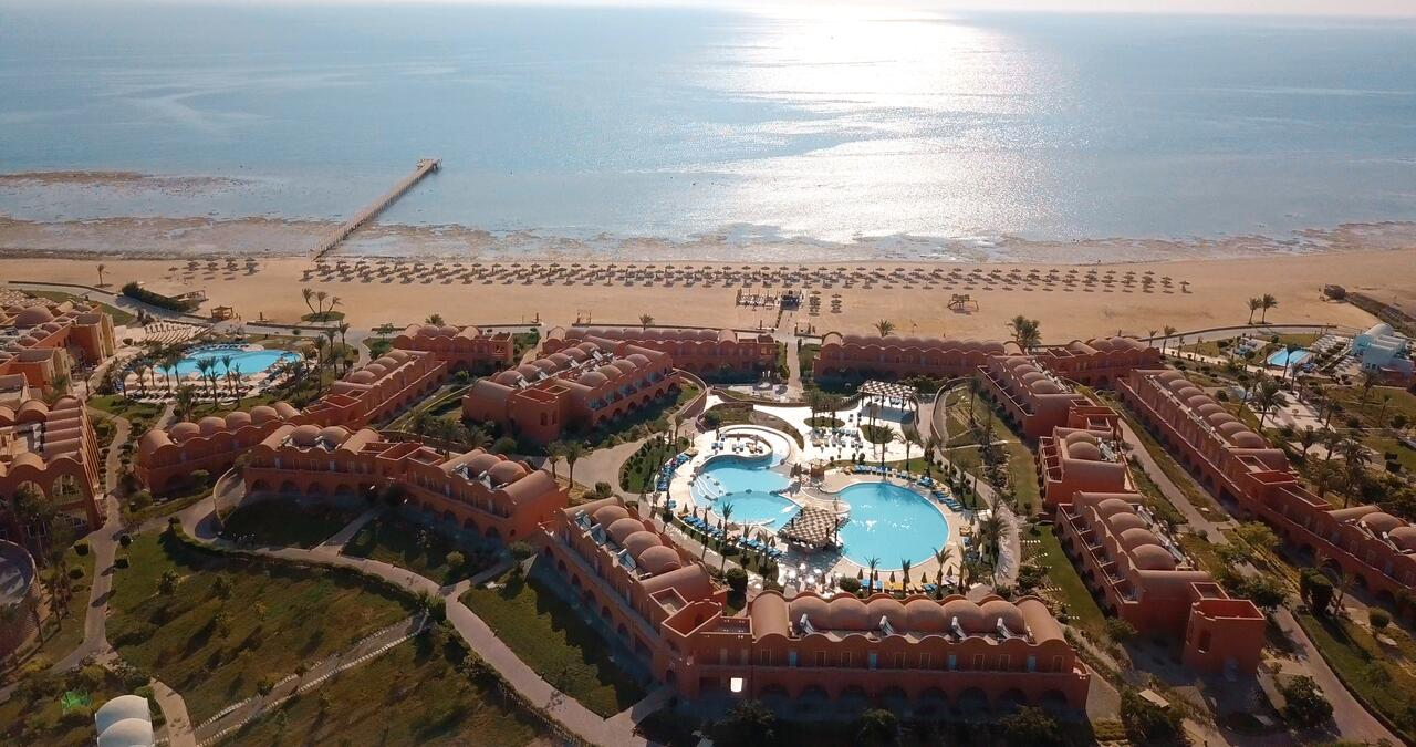 فندق نوفوتيل مرسى علم 5 نجوم