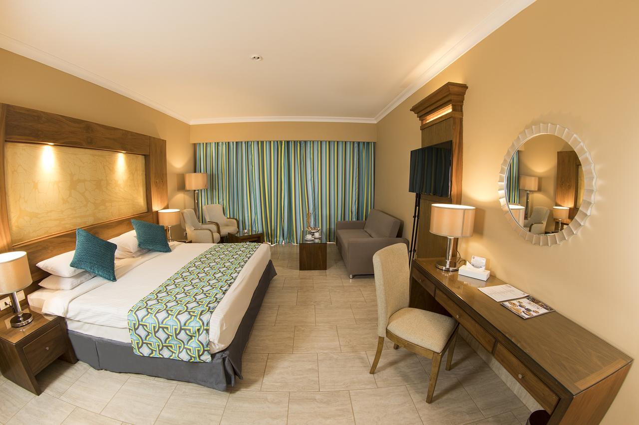 فندق تروبيتل ويفز5 نجوم شرم الشيخ